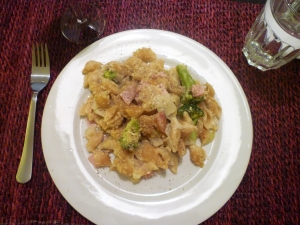 Baked Macaroni and Cheese with Broccoli, 2 (plated)